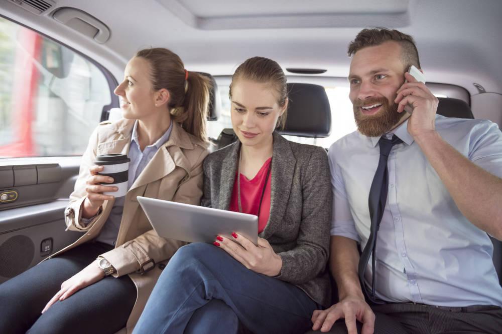 Commander un taxi pour plus de 9 personnes